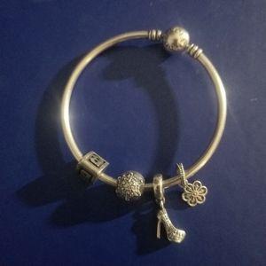 Pandora Bracelet 4 charms